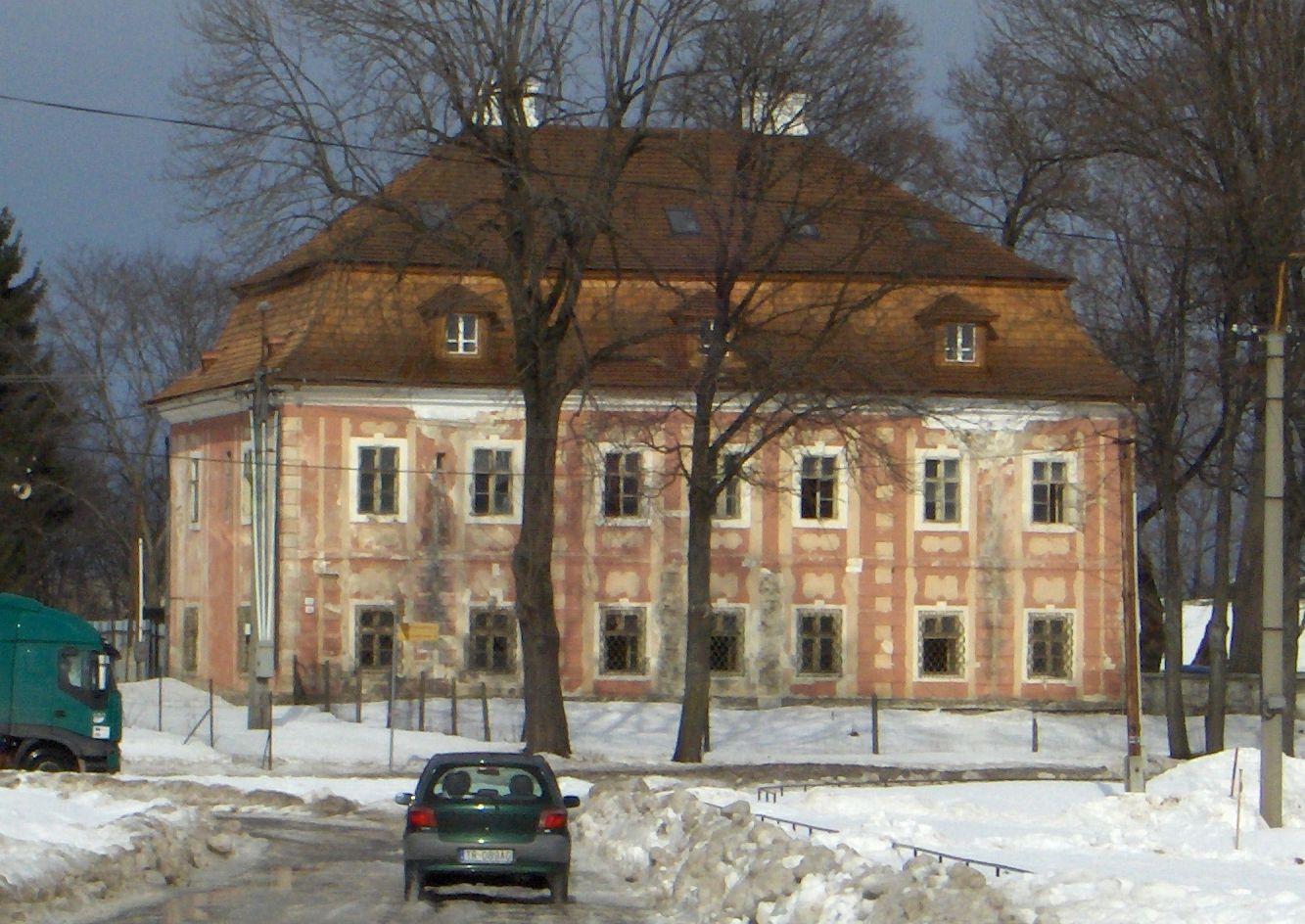 Kaštieľ Diviaky pred rekonštrukciou v roku 2003